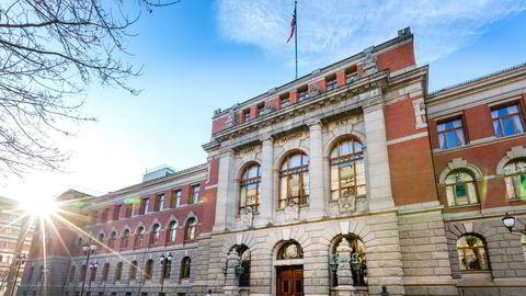 Høyesterett behandler 8. og 9. desember en sak om de nedre grenser for hva som påstås å være seksuell trakassering.