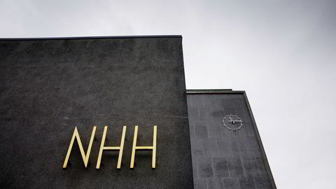 NHH og BI faller på Financial Times' kåring av europeiske handelshøyskoler.