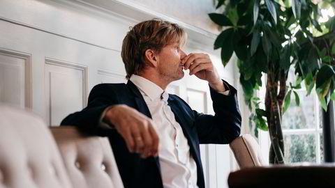 Bjørn Maaseide er med og redder svigersønnen Petter Smedvig Hagland fra å gå personlig konkurs. Det var en følelsesladd Maaseide som tok imot DN hjemme på Eiganes i Stavanger.