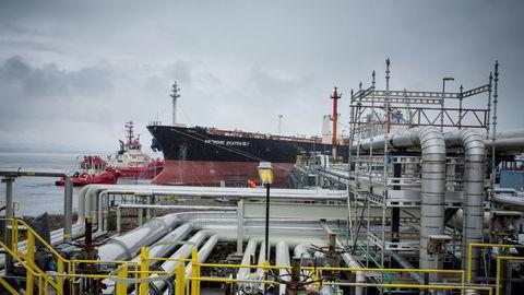 Equinor oversendte fredag en granskningsrapport til Miljødirektoratet og skriver at oljelekkasjen på selskapets Mongstad-raffineri klassifiseres med høyeste alvorlighetsgrad.