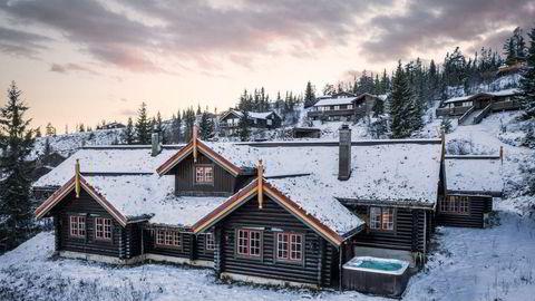 – Hytta i seg selv har mange muligheter i form av at den er stor og innholdsrik, sier eiendomsmegler Petter Birkrem.
