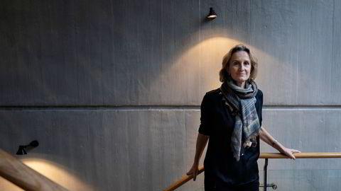 Det er Irene Rummelhoff, konserndirektør for markedsføring, midtstrøm & prosessering hos Equinor, har det øverste ansvaret i Equinor for raffineriet på Mongstad.