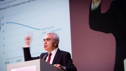 Fatih Birol i Det internasjonale energibyrået (IEA) tror ikke koronavaksinen kan dra oljemarkedet før langt ut i neste år. Bildet er tatt på Equinors årlige høstkonferanse.