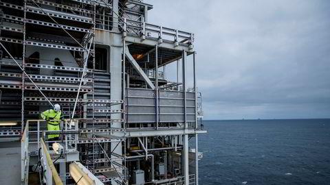 Petroleumstilsynet ber Equinor om en redegjørelse om mangler innen bemanning og kompetanse i virksomheten på norsk sokkel. Her Troll A-plattformen i Nordsjøen.