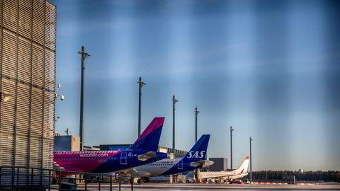 Wizz Air varsler søksmål mot norske kommuner og fylker. Her fra Gardermoen.