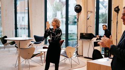 Benedicte Schilbred Fasmer hadde mandag sin første dag som konsernsjef i Sparebank 1 SR-Bank. Hun startet med å presentere en optimistisk analyse. Bildet er tatt da hun ble lansert som ny toppsjef i høst.
