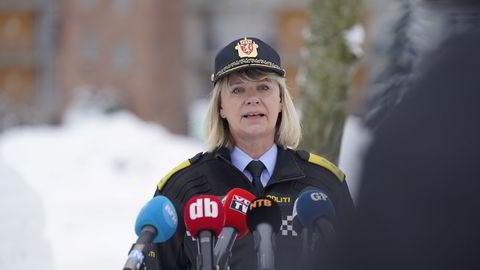 Politimester i Øst politidistrikt Ida Melbo Øystese mener det fortsatt er håp om å finne overlevende.