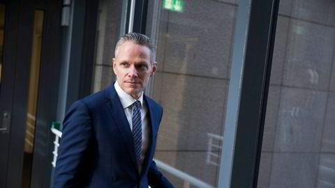 Sjefstrateg Christian Lie i Danske Bank tror det blir en god utvikling i aksjemarkedene fremover, men at det er rom for skuffelser knyttet til vaksineutviklingen.