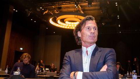 Petter Stordalen går hardt ut i et debattinnlegg i svenske Aftonbladet og varsler massedød blant selskapene i besøksnæringen. Her er Stordalen fotografert under en pressekonferanse med Hurtigruten i høst.