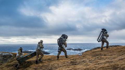 Forsvaret må være ledende i verden når det gjelder kunnskaper om operasjoner under arktiske forhold, skriver artikkelforfatteren.