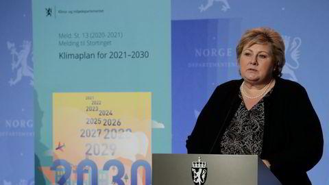 Statsminister Erna Solberg legger frem regjeringens klimaplan.