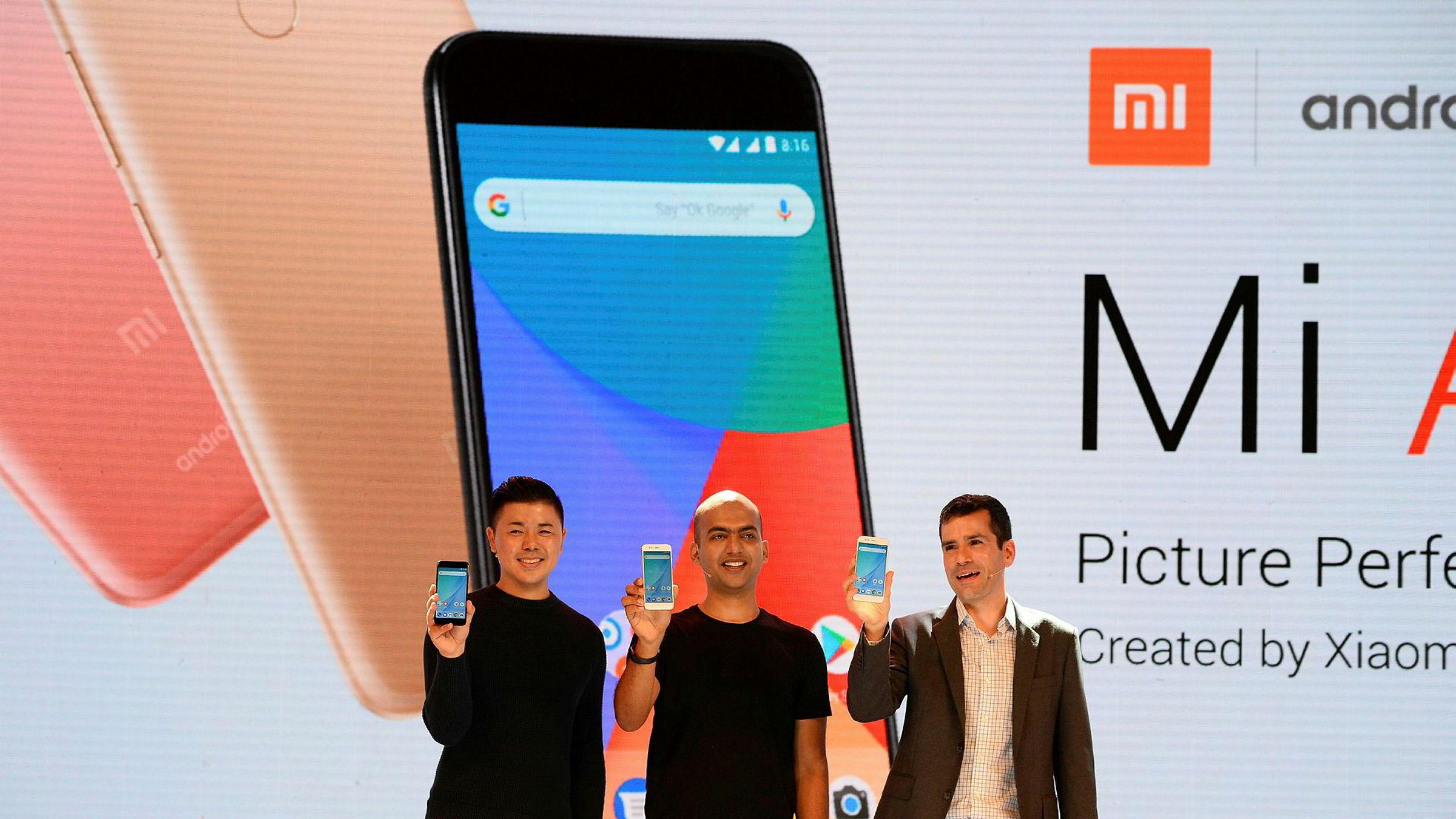 Den kinesiske smarttelefonprodusenten Xiaomi har lansert nye modeller i forkant av Apples Iphone-lanseringer på tirsdag – til lavpris.