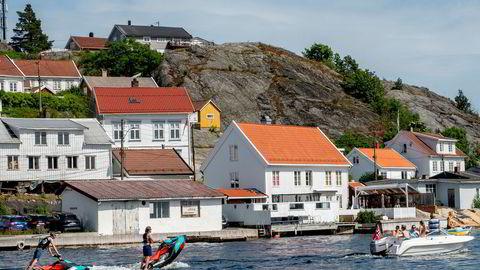 Kragerø kommune har gitt unntak for byggeforbudet i strandsonen i 75 prosent av søknadene de siste fire årene. I Mandal ble 96 prosent av søknadene innvilget.