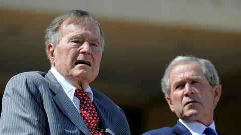 USAs tidligere presidenter George H.W. Bush (t.v.) og sønnen hans George W. Bushsier i en uttalelse onsdag at de fordømmer alle former for rasehat og antisemittisme.