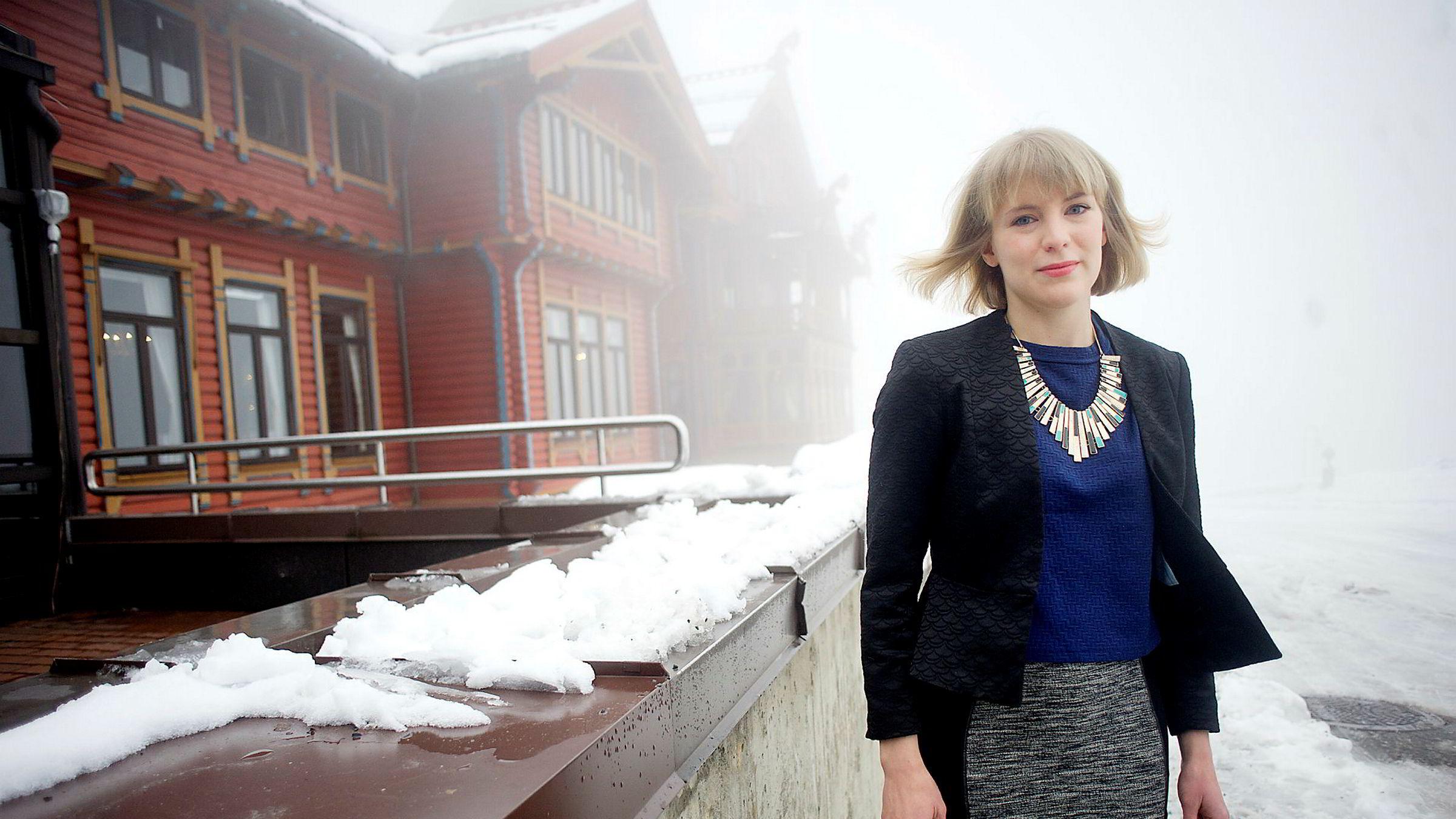 SVs nestleder Kari Elisabeth Kaski refser Arbeiderpartiet.