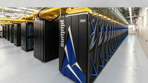Verdens kraftigste superdatamaskin Summit er satt i drift.