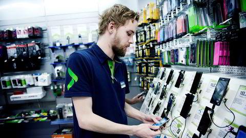 Eie eller leie? Elkjøp etablerer nå en leietjeneste der det er mulig å være oppdatert med det siste av elektronikk. Her fra ett av varehusene.