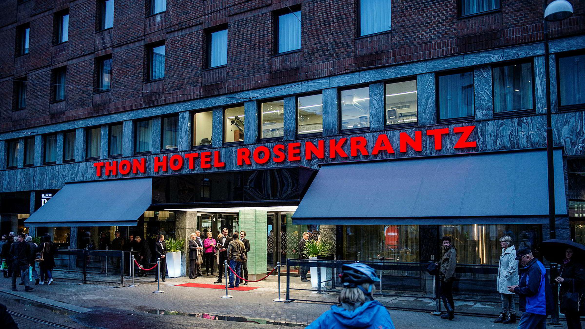 I Norge er det et fåtall hotellkjeder som er landsdekkende, dette kan få konsekvenser for anbudskonkurranser, skriver artikkelforfatteren. Her fra en av Thon-kjedens hoteller i Oslo.