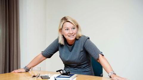 Kommunal- og moderniseringsminister Monica Mæland (H) deler nå ut pengestøtte som lovet til 43 nye kommuner.