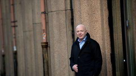 Per Arne Villadsen, administrerende direktør i reisebyråkjeden Berg-Hansen, reagerte sterkt da flyselskapet Norwegian tirsdag stanset alle refusjoner av flybilletter.