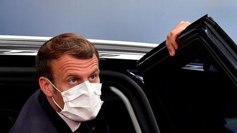 – Macron er trøbbel for Frankrike. Med Macron går Frankrike gjennom en veldig farlig periode, sa Tyrkias president Recep Tayyip Erdogan da han fredag møtte journalister i Istanbul.