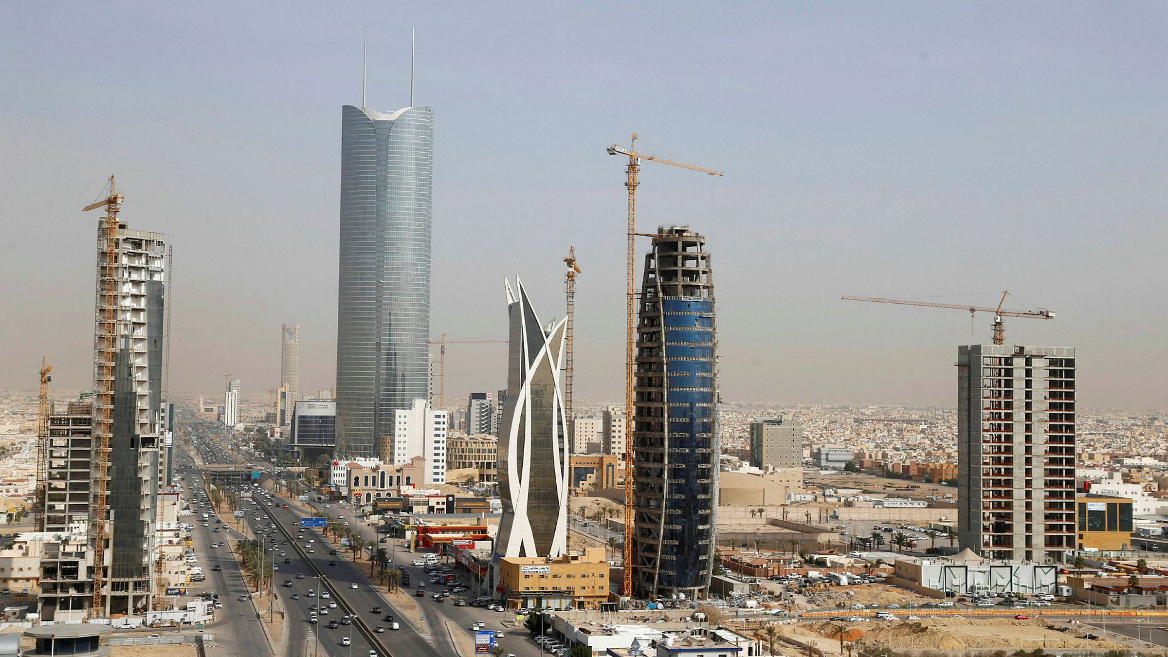 Saudi-Arabias hovedtad Riyadh ble rammet av et rakettangrep natt til mandag.