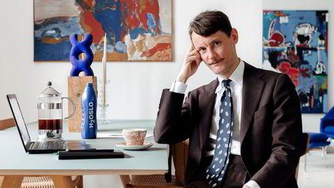 Rustning. – Med dress og slips kan det være lettere å møte arbeidsdagens utfordringer. Du kler på deg en slags rustning før et vanskelig møte, sier Tord Krogtoft, markedsdirektør hos Nasjonalmuseet.
