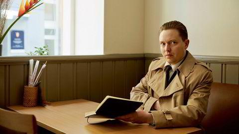 Rapgreve.Rapartisten Emile The Duke er en Ivar Aasen for vår tid med plater som omhandler den norske mannens utfordringer.