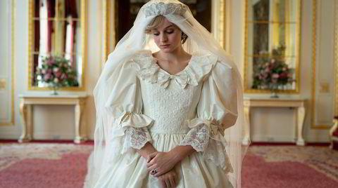 Emma Corrin er en åpenbaring som prinsesse Diana, og gir et løft til sesong fire av Netflix-serien «The Crown»