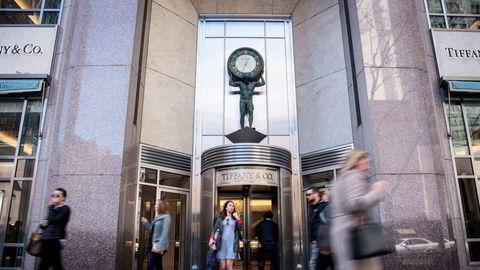 Det amerikanske ikonet Tiffany kan få nye franske eiere. Her en av butikkene i Chicago.