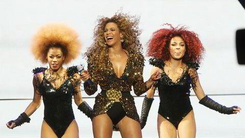Manipuleringen av Tidal-tallene til Beyonce kan påvirke tilliten til strømmetjenester. Her er artisten i sving under Glastonbury-festivalen i 2011.
