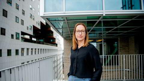 Sjeføkonom Kjersti Haugland i DNB Markets tror ikke rentekutt fra Norges Bank vil oppveie negative effekter fra kronesvekkelse og lavere lønnsvekst.