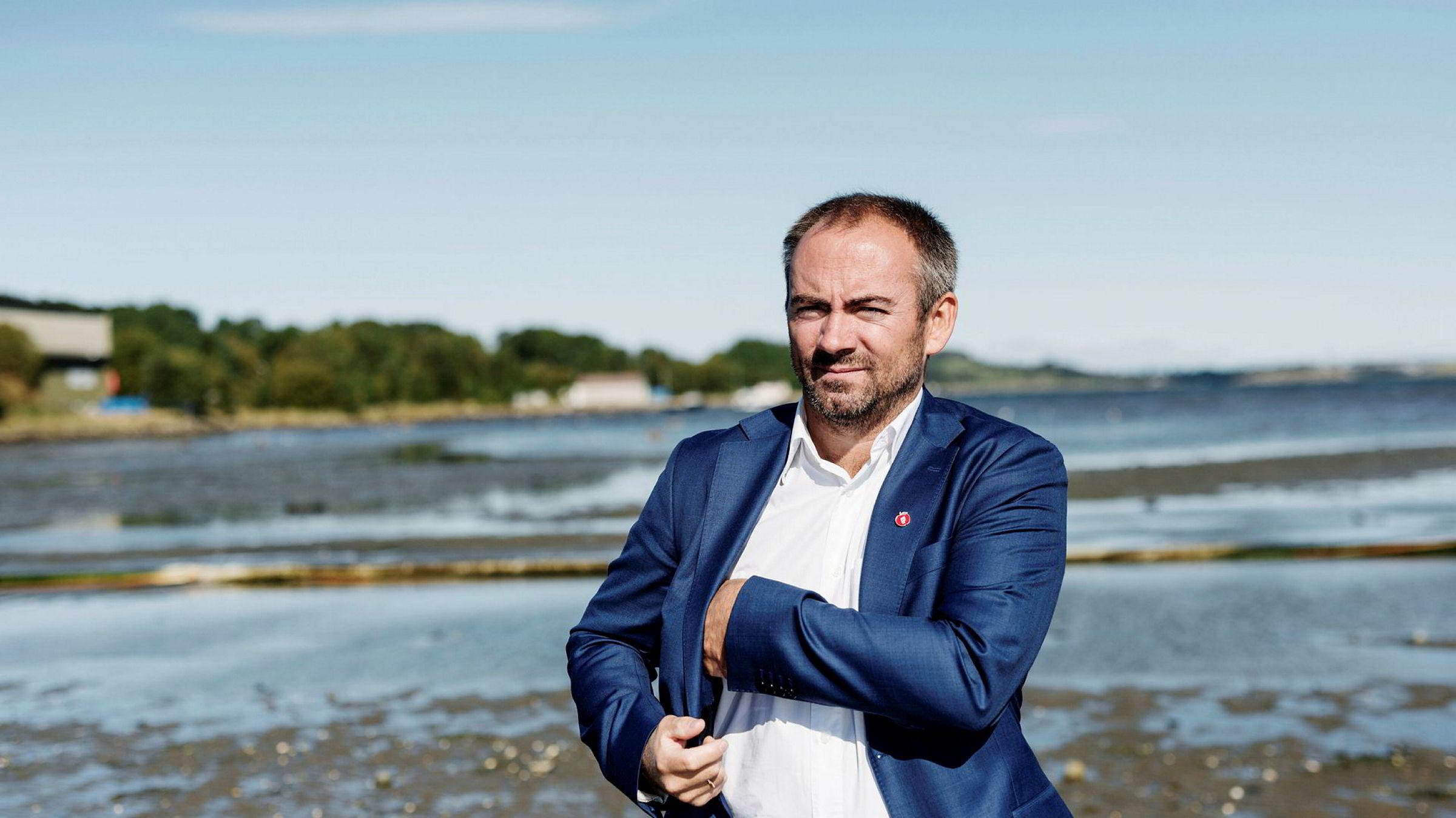 – Jeg blir forbannet, men dessverre ikke overrasket, sier tidligere Crew-investor Tom Henning Slethei.