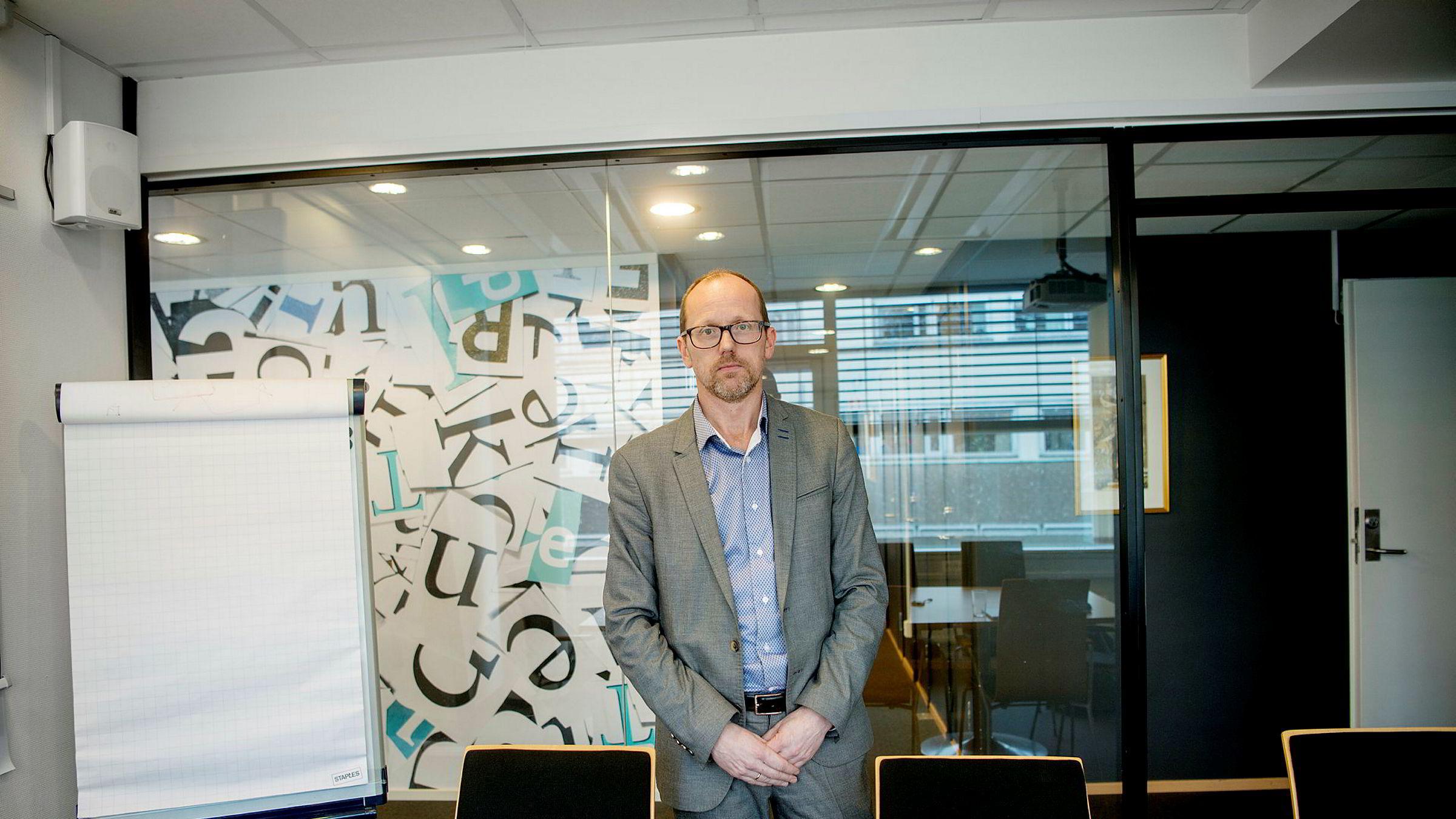 Per Magne Tveiten er konsernsjef i Mentor Medier og ligger i konflikt med sjefredaktør Åshild Mathisen i konsernavisen Vårt Land.