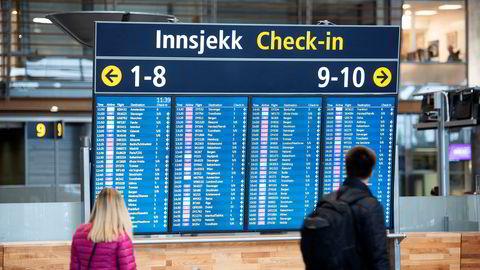 For første gang siden 2015 går antallet passasjerer innenlands ned.