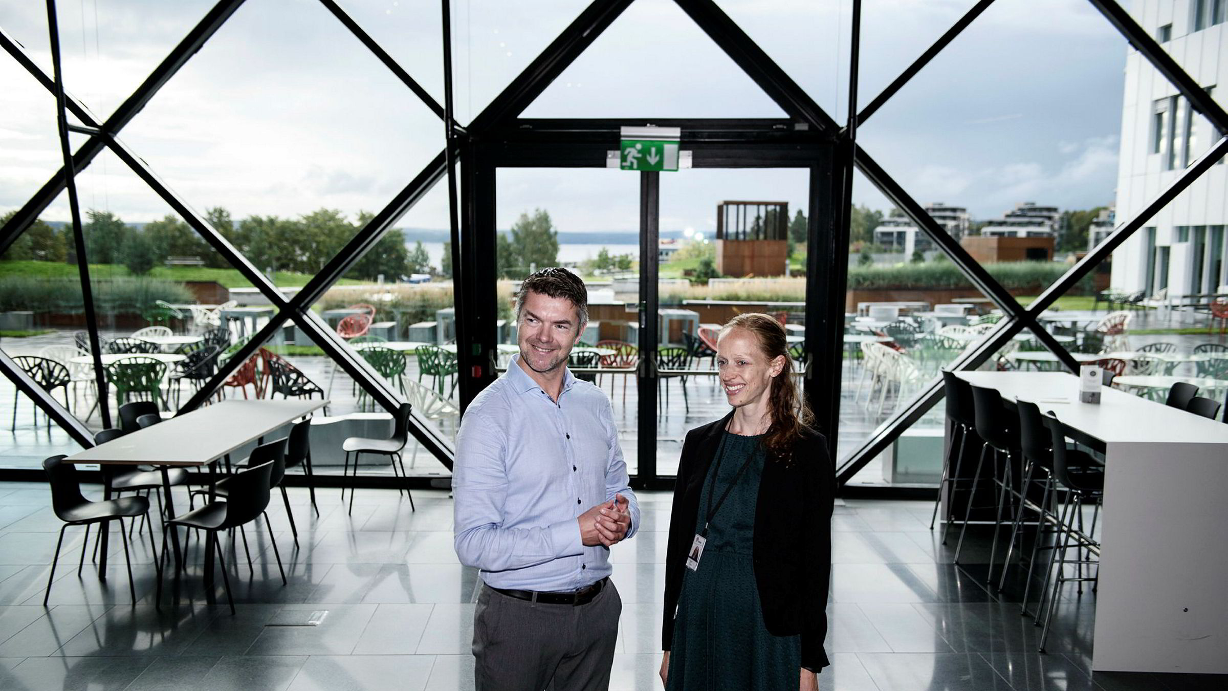 Audun Abelsnes i Techstars skal sørge for at Statoil kan hente inspirasjon fra gründermiljøer. – Vi skal ha 25–30 mentorer i programmet. Dette er noe folk virkelig vil være med på, det er en sjanse til å bli smittet av gründerbasillen, sier Ragnhild Ulvik, leder for Statoils innovasjonsteam.