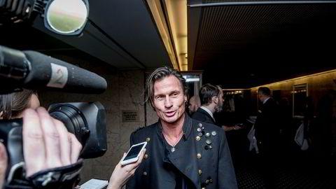 Hotellkonge Petter Stordalen på vei inn til festmiddag på Grand hotell i anledning sentralbanksjefens årstale 2018