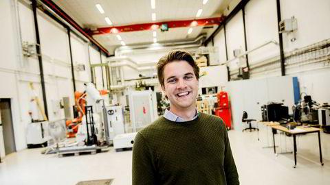 Andreas Wæhle (27) tror den tverrfaglige kompetansen han da vil ha, vil gi ham gode jobbmuligheter i fremtiden. – Hvis det viser seg å ikke stemme, får jeg alltids ta mastergrad, sier han.