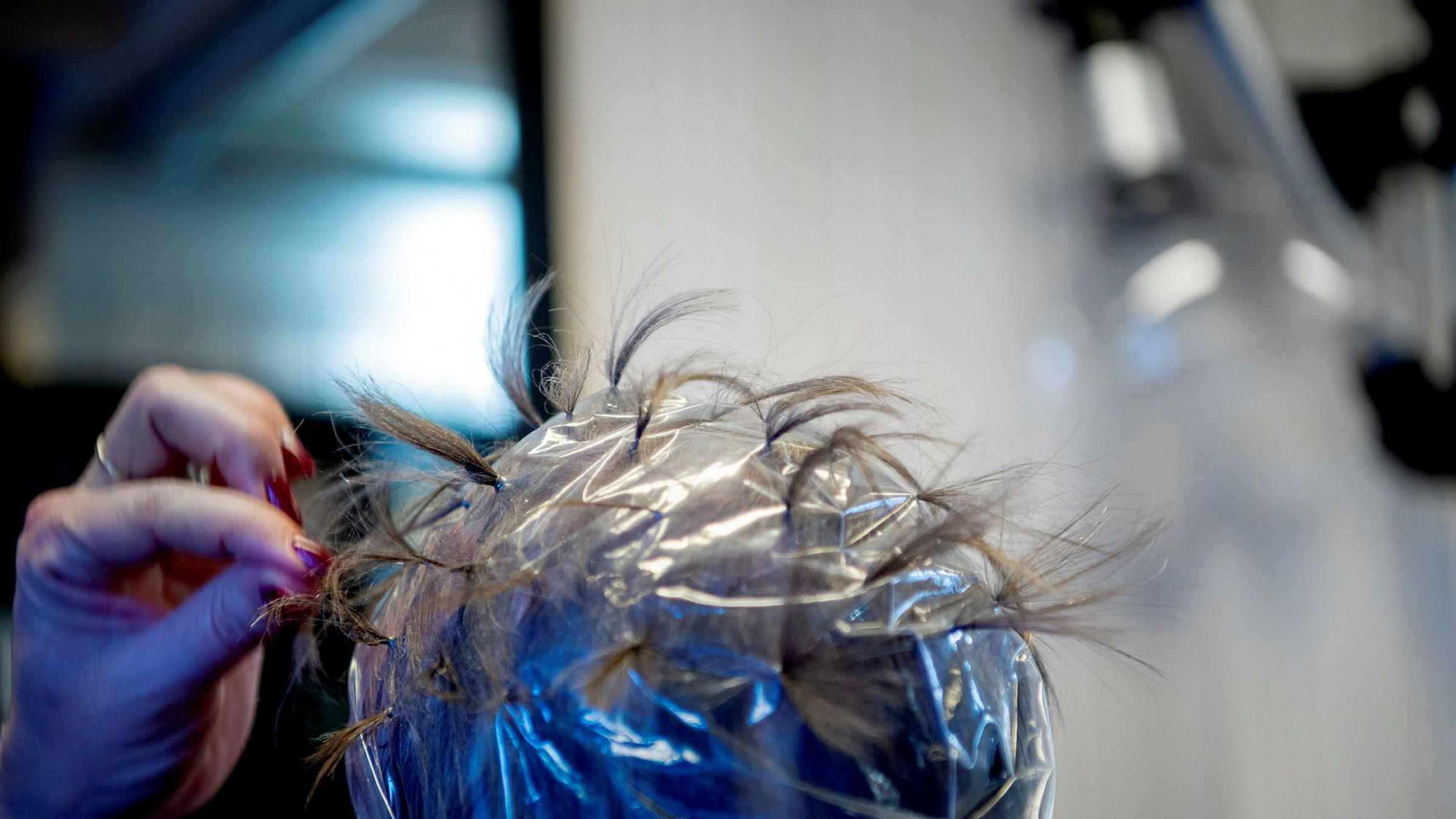 Da frisørene endelig kunne åpne igjen, kastet vi oss rundt og stilte oss i kø. Heldige er de næringene som kan oppleve samme kundebegeistring, skriver Anne Worsøe.