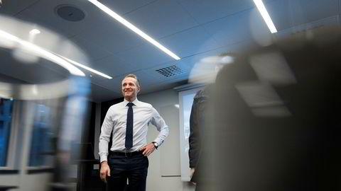 Administrerende direktør i Sparebanken Vest Jan Erik Kjerpeseth kutter tapsforventningene ytterligere for 2017.