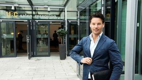 – Jeg tråkker på noen tær – inkludert mine egne, sier hotellbygger Anders Buchardt.