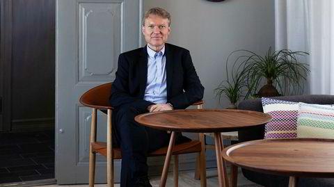 Familiearven. Administerende direktør for hotellkjeden De Bergenske, Kjetil Smørås, er fjerde generasjon hotellmann. I tenårene sto han opp halv seks om morgenen for å steke vafler og koke kaffe til hotellgjestene på Augustin