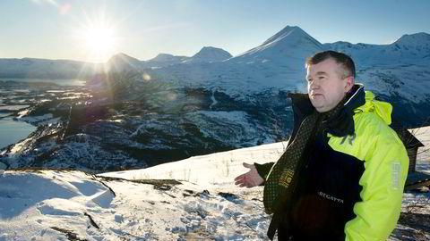 Ordfører Dan-Håvard Johnsen (Sp) i Lyngen kommune vil ha flere Tromsø-rikinger til den naturskjønne kommunen.