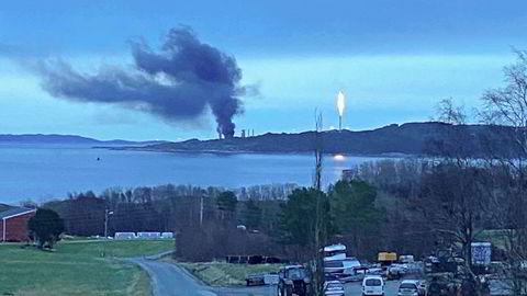 2. desember i fjor brant det på Equinors metanolanlegg på Tjeldbergodden i Aure kommune. Det kunne endt i katastrofe. Torsdag kom Petroleumstilsynets rapport om brannen.