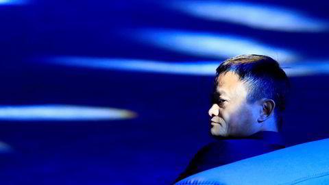 Gründer og milliardær Jack Ma må bøye seg for overmakten.