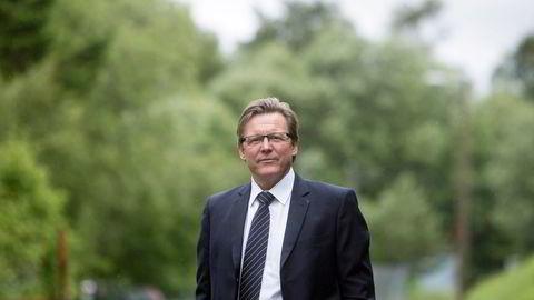 Aksjekursen til børsyndling Polight raser etter prosjektkansellering. Dr. Øyvind Isaksen, konsernsjef i selskapet, mener kanselleringen bare er «en hump i veien».