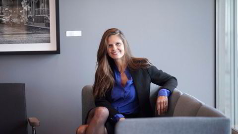 Energianalytiker Nadia Martin Wiggen i Pareto venter at oljeprisen vil ligge på rundt 70 dollar fatet i fjerde kvartal i år.