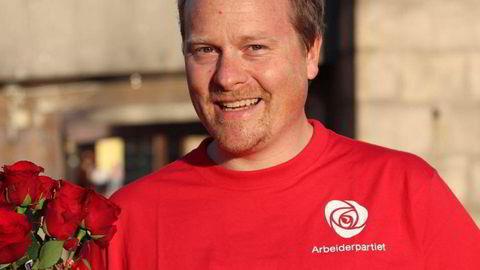 Ole Henrik Krat Bjørkholt er legen fra Drammen som fredag ble utnevnt som statssekretær for helseminister Ingvild Kjerkol og kaller seg APdoktoren. Han er engasjert i langt flere saker enn sitt eget fagfelt.