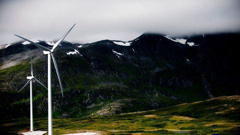 Skaden på naturen må være minst mulig den dagen møllene skal fjernes igjen, skriver Fred. Olsen. Her fra Fakken vindpark på Vannøya i Troms.