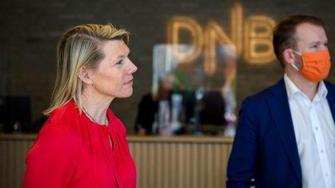 Kjerstin Braathen, konsernsjef i DNB og Thomas Midteide, konserndirektør Kommunikasjon og Bærekraft måtte godta 400 millioner kroner i bot denne uken.